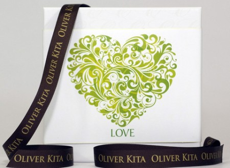 Green_love_with_ribbon_2_large