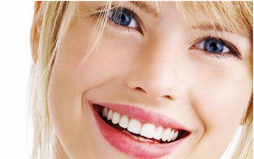 How-to-Get-healthy-Soft-and-beautiful-lips-Beauty-Tips
